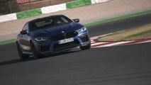Das neue BMW M8 Coupé Fahren auf der Rennstrecke