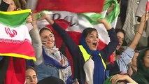 Les Iraniennes de retour dans les stades de football