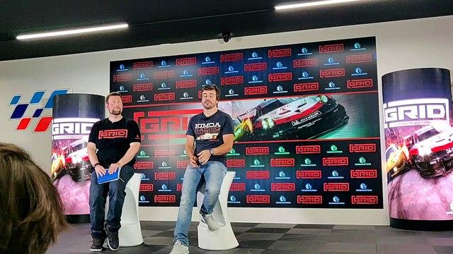 Vídeo: Alonso responde a las preguntas de AUTO BILD en la presentación del videojuego Grid.