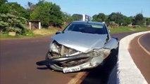 Peugeot bate na rodovia PRc-467 e trânsito fica lento