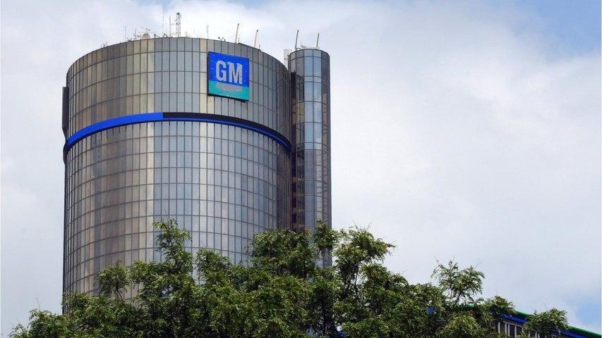 UAW Boosts Strike Pay As GM Talks Lumber On