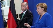 Son dakika! Erdoğan Merkel'e açıkça sordu: Bizden mi yanasınız terör örgütünden mi?