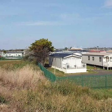 At st osyth point clear beach near Clacton weather share video for 22 September 2019 before the rain