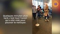 Une femme se fait vomir dessus par le passager derrière elle dans l'avion