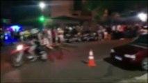 Vídeo mostra motos empinando e confusão na Rua Paraná