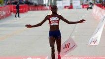 Maratona: a Chicago record del mondo per Brigid Kosgei