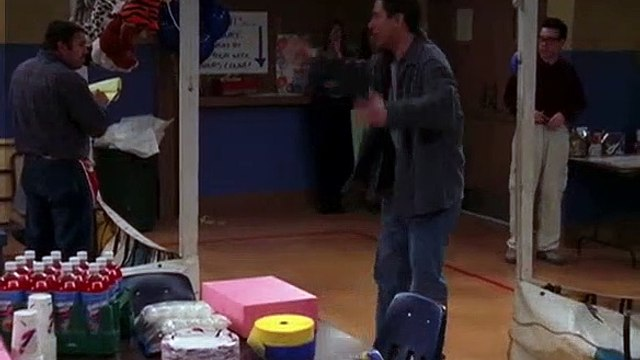Everybody Loves Raymond S04E17 The Adventures of Hackidu