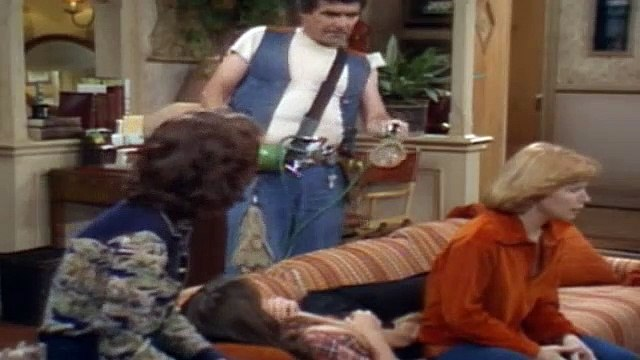One Day at a Time Season 3 Episode 10 Barbara's Friend Pt2