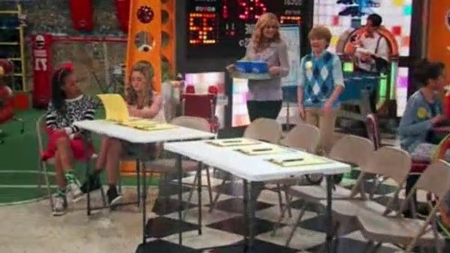 Nicky Ricky Dicky And Dawn Season 3 Episode 15 Not-So-Sweet Charity