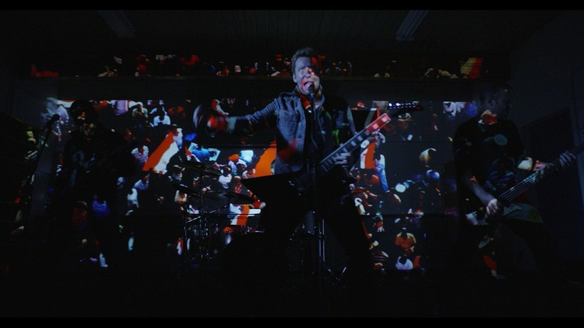 Nickelback - Edge Of A Revolution