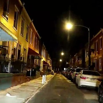 PHILADELPHIA HOOD AT NIGHT  DOWNTOWN AREA