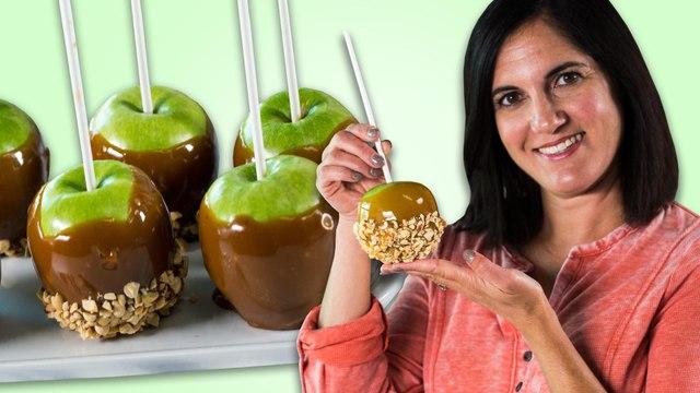 Nicole Makes Caramel Apples