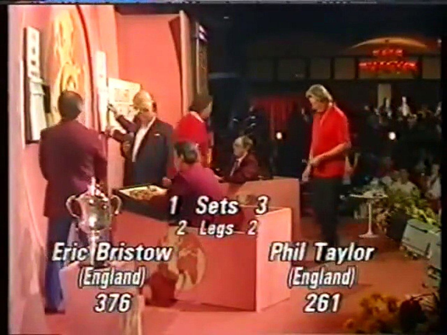 BDO World Darts Championship Final 1990 - Phil Taylor vs Eric Bristow  2of2
