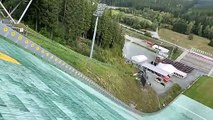 Le terrible crash en VTT de Fischbach lors d'un saut depuis un tremplin de saut à ski