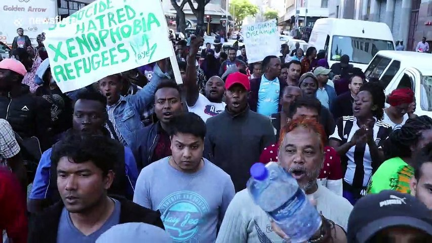 Refugees march through Cape Town demanding assistance to leave South Africa