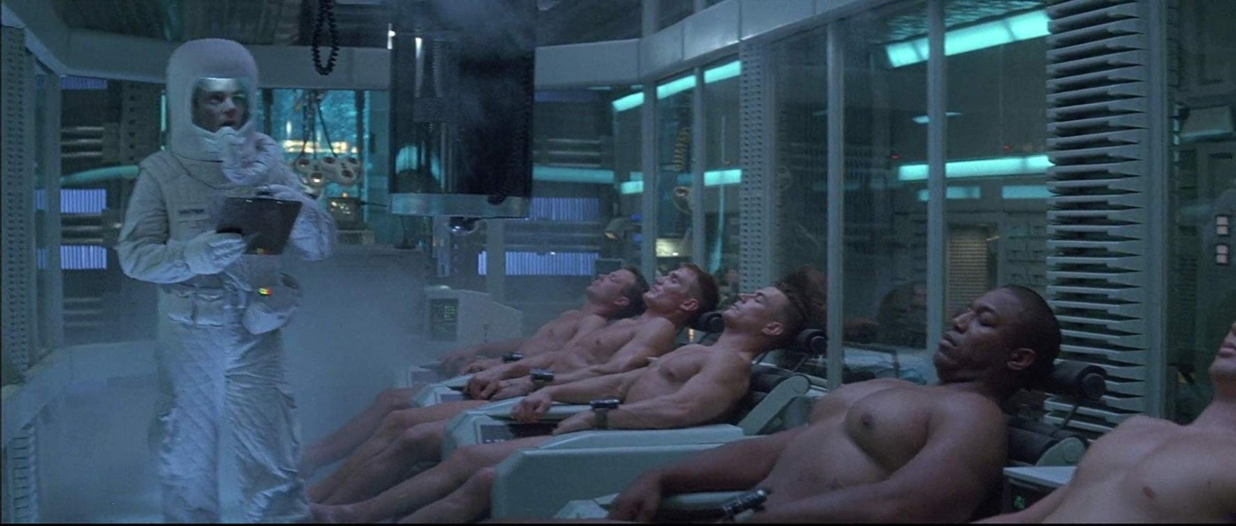 UNIVERSAL SOLDIER Movie (1992) - Jean-Claude Van Damme, Dolph Lundgren, Ally Walker