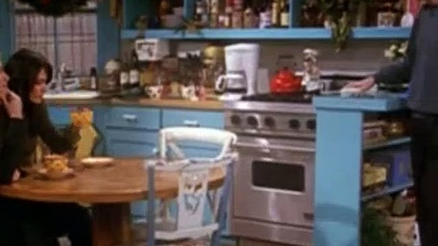 Friends S07E10 The One With the Holiday Armadillo