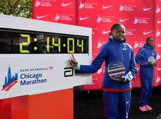Brigid Kosgei stellt neuen Weltrekord für den Marathon der Frauen auf