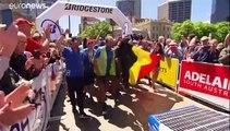 Une voiture belge s'abreuve de soleil australien