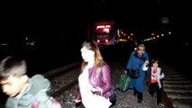 Raybüsün çarptığı minibüsün sürücüsü ağır yaralandı - KÜTAHYA