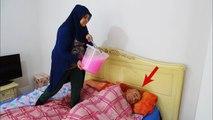 SLİME PRANK!! ASLEEP, IN THE BED, SLİME JOKE,Kereme KORKUNÇ Sulu Slime ŞAKASI