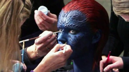 Jennifer Lawrence undressed as Mystique in X-Men  - Hot