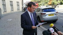 DCI Mark Glover speaking outside Oxford Crown Court