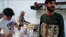 - SMO askerleri Rasulayn'da fırın açtı, sivillere ekmek yaptı