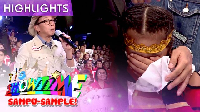 Kuya Kim makes kid cry | It's Showtime Sampu-Sample