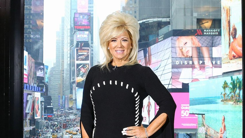 Theresa Caputo Talks on the Spirit of Rodney Dangerfield Visiting While Reading Louie Anderson