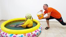İn The Pool FANTA COCA COLA PRANK! ONLY Bucket Fanta hair KEREM'İN JOKE 2