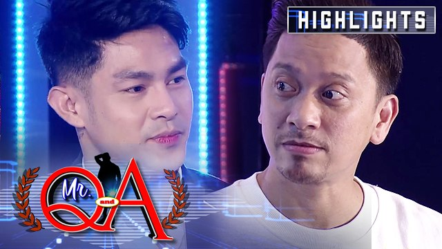 Jhong prevents Ion from spoiling their Magpasikat 2019 performance | It's Showtime Mr. Q and A