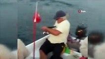 İzmir'de vatoz balığı beklerken, köpek balığı yakaladılar
