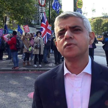 Mayor Sadiq Khan warns that Brexit deal will damage London
