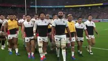 Japan walk in to changing rooms
