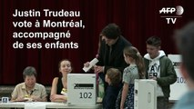 Les Canadiens élisent leurs députés, Trudeau joue son poste