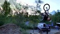 Backflip en BMX, il casse la roue en atterrissant !