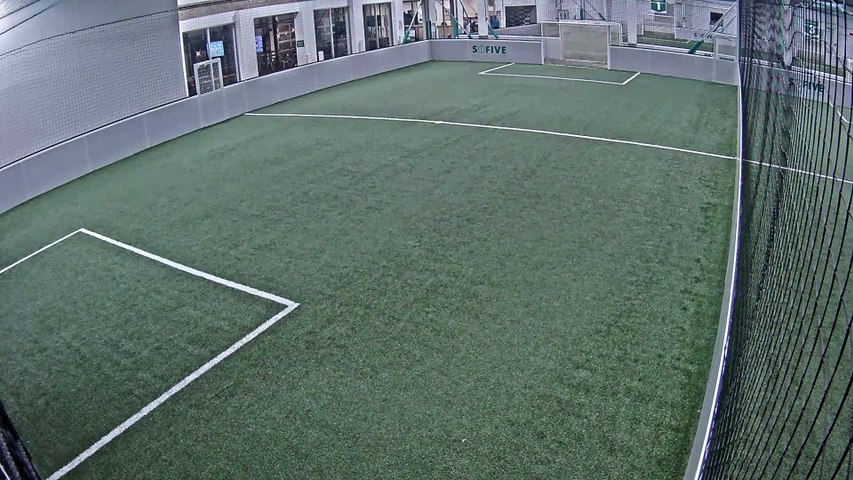 10/22/2019 23:00:01 - Sofive Soccer Centers Brooklyn - Santiago Bernabeu