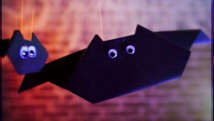 Fledermäuse aus Papier zur Dekoration