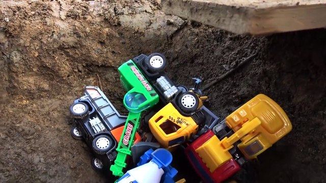Fine Toys Construction Vehicles Under The Mud. Excavator