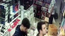 İş yerinden hırsızlık anı güvenlik kamerasında - İZMİR