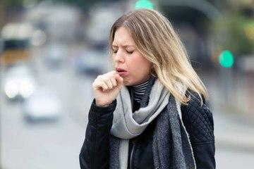 Make-up-Routine zur effektiven Bekämpfung der Umweltverschmutzung