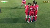 Une footballeuse perd son hijab