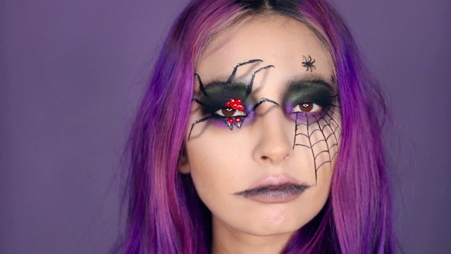 YouTuber Laura Sanchez's Halloween Makeup Is So Easy and Chic, I Want to Extend the Celebrations a Few More Days