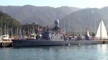 Marmaris'te askeri gemiler halka açıldı