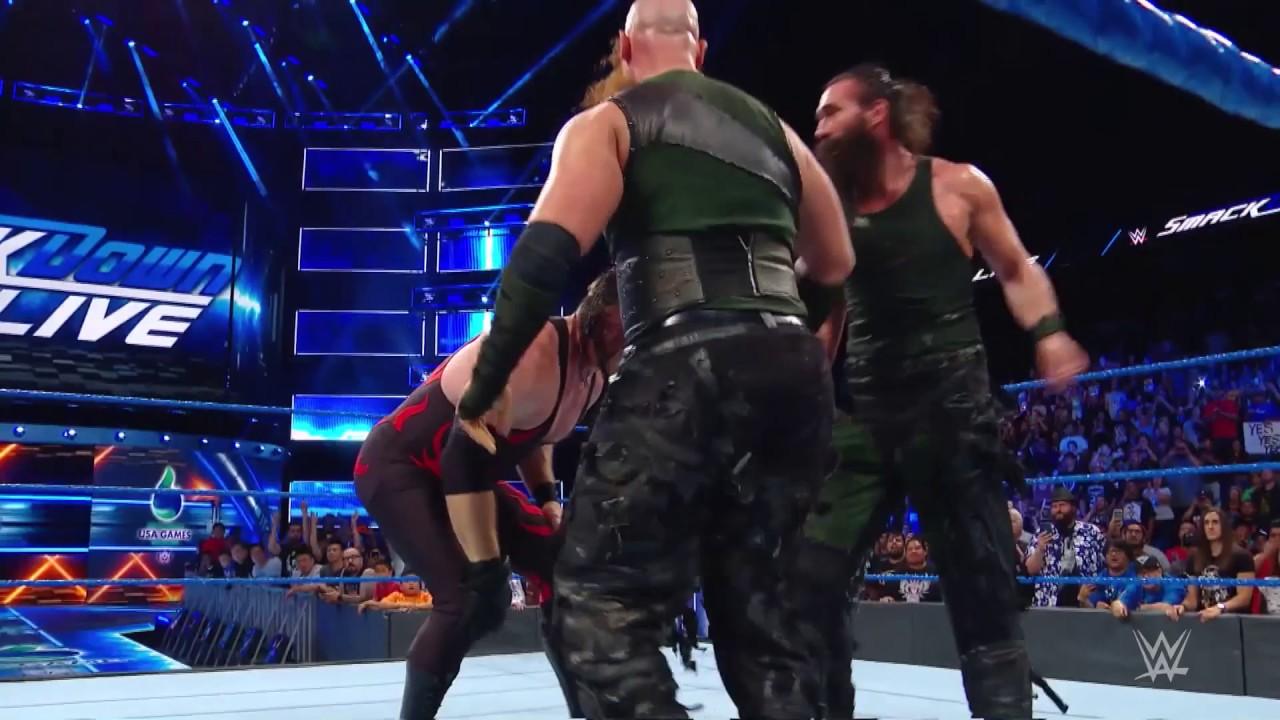 SmackDown'da Dev Mücadele!