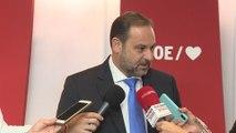 Ábalos revela que el PSOE aspira a gobernar con apoyos variables