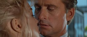 BASIC INSTINCT Movie (1992) - Michael Douglas, Sharon Stone
