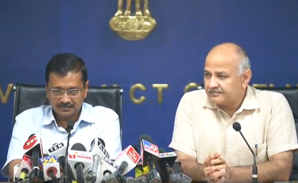 CM Arvind Kejriwal and Dy CM Manish Sisodia on Delhi Pollution |  OneIndia News