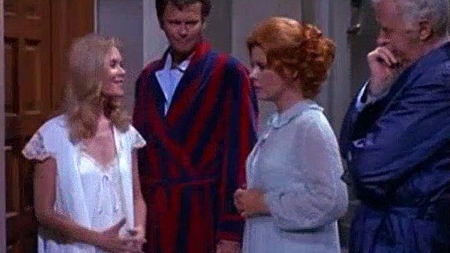 Betwitched Season 8 Episode 7 The Ghost Who Made A Spectre Of Himself